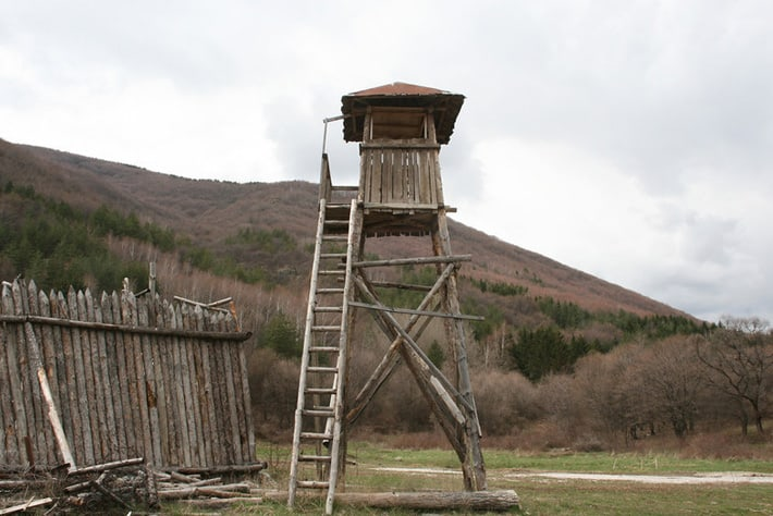 standing-camp16