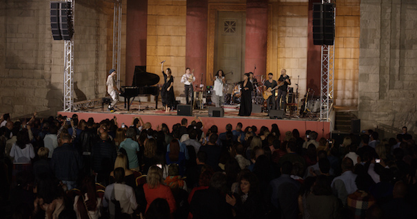idan_raichel_concert_raw_sound-00_59_51_14-still016